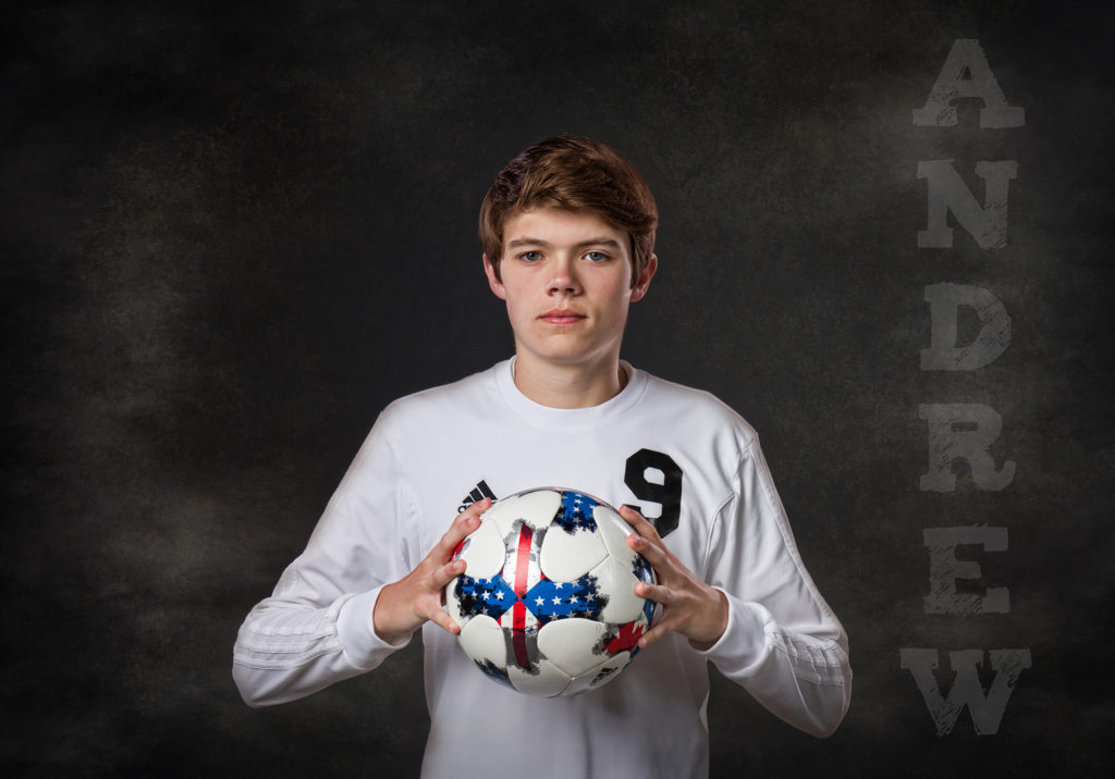 senior pictures soccer players photographer