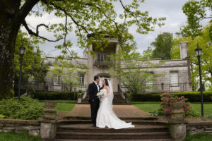 bride and groom huntsville wedding photographer